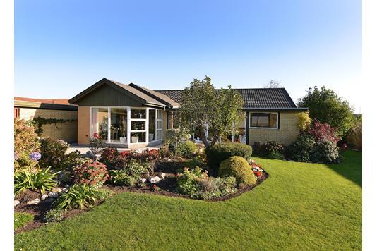Villa på Bøgevænget i Hørning - Set fra haven