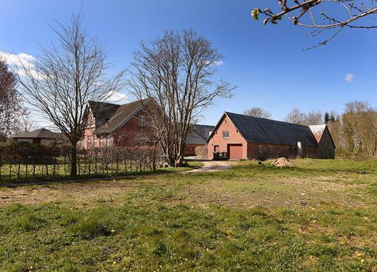 Villa på Dørup Gade i Hørning - Set fra haven