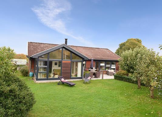 Villa på Møllekæret i Hørning - Set fra haven