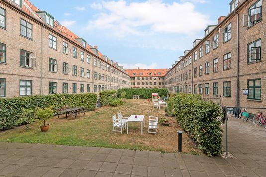 Ejerlejlighed på Borups Allé i København NV - Gårdmiljø