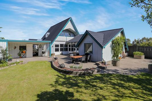 Villa på Sverigesgade i Hirtshals - Ejendommen