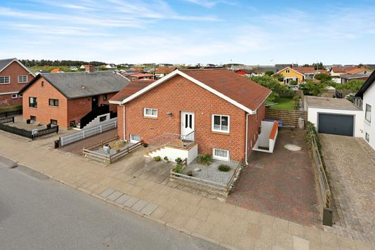Villa på Elme Alle i Hirtshals - Ejendommen