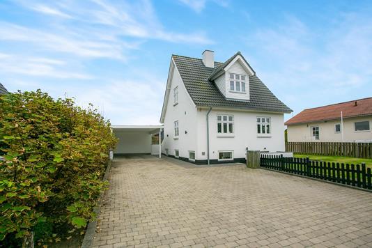Villa på Hans Jensens Alle i Hirtshals - Ejendommen