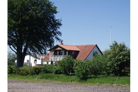 Landejendom på Rønholtvej i Bindslev - Ejendommen