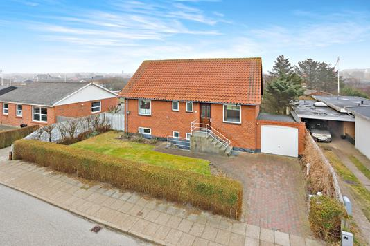 Villa på Lillehedenvej i Hirtshals - Ejendommen