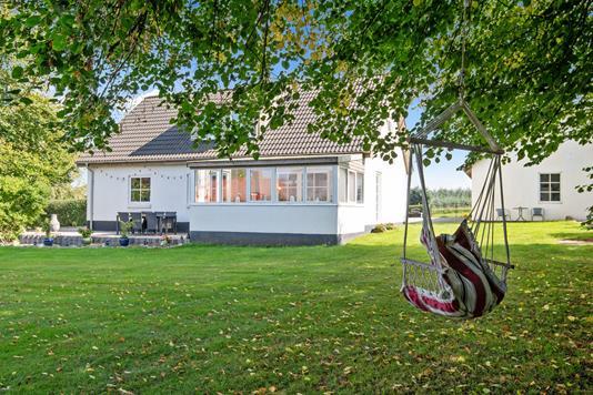 Villa på Ingerslevvej i Lemming - Have
