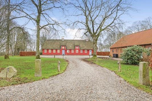 Landejendom på Ellingvej i Silkeborg - Ejendommen