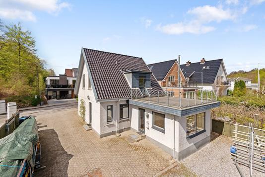 Villa på Åhave Allé i Silkeborg - Ejendommen