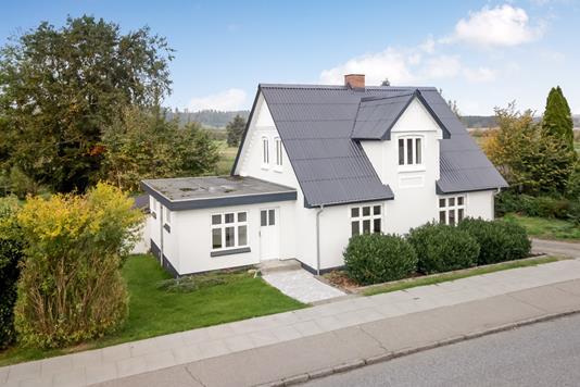 Villa på Skærbækvej i Silkeborg - Ejendommen