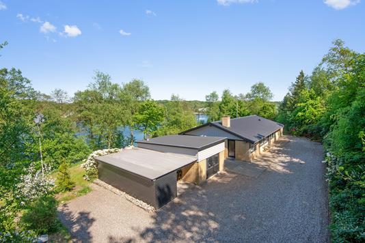 Villa på Langsøvej i Bryrup - Mastefoto