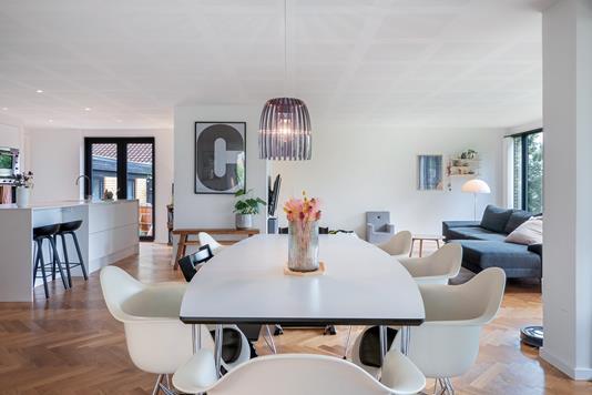 Villa på Bredhøjsvinget i Silkeborg - Alrum