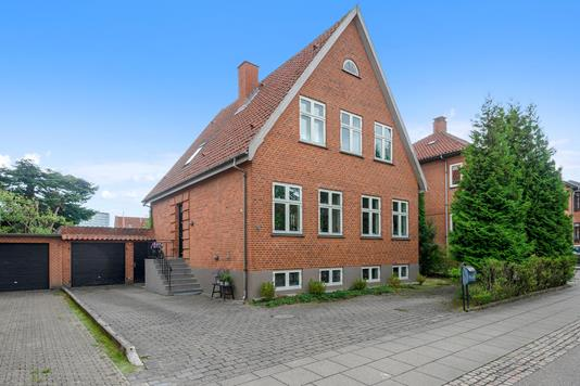 Villa på Frederiksberggade i Silkeborg - Ejendom 1