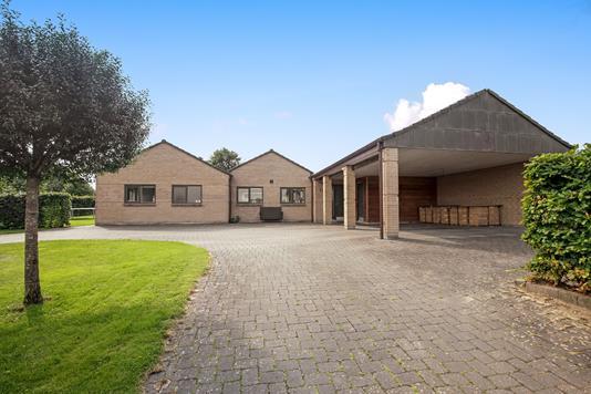 Villa på Hybenhaven i Kjellerup - Ejendommen