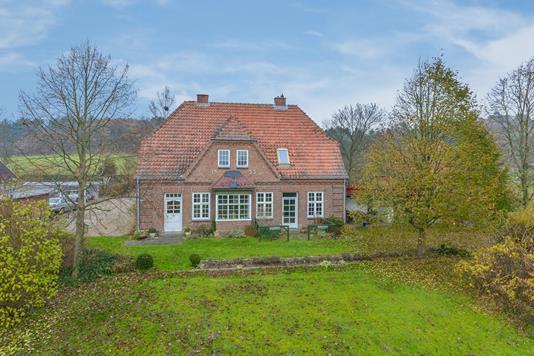 Villa på Tingskrivervej i Kjellerup - Ejendommen