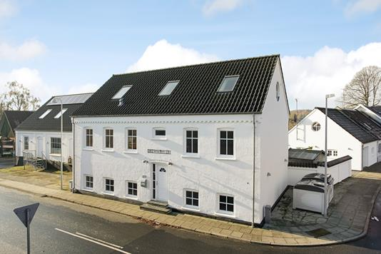 Villa på Serup Skovvej i Lemming - Ejendommen