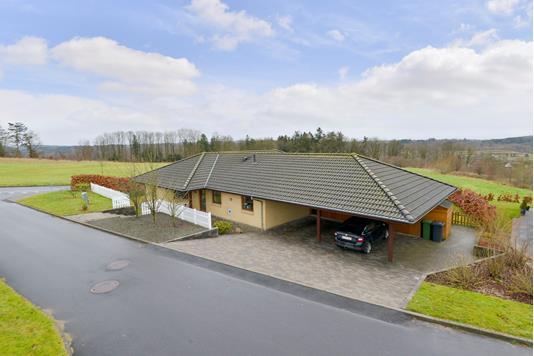 Villa på Skovvænget i Bryrup - Ejendommen