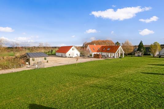 Villa på Sorøvej i Slagelse - Set fra vejen