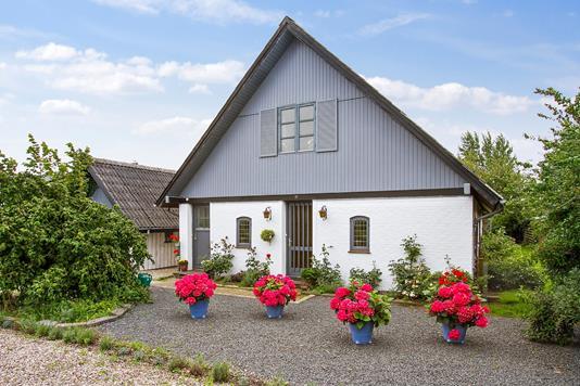 Villa på Korsbækvej i Gørlev - Set fra vejen