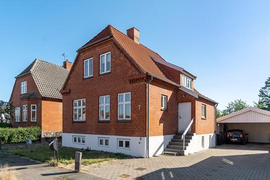 Villa på Nørrevoldgade i Slagelse - Set fra vejen