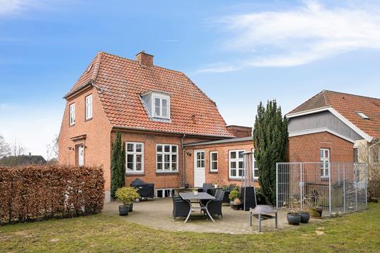 Villa på Møllevej i Høng - Set fra haven