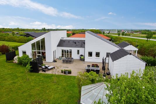 Villa på Kassebjerggårdsvej i Slagelse - Ejendommen