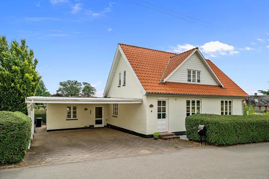 Villa på Ågårdsvej i Slagelse - Set fra vejen