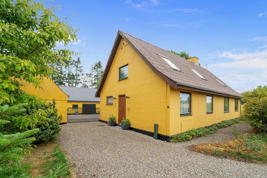 Villa på Gimlinge Enghave i Slagelse - Set fra vejen