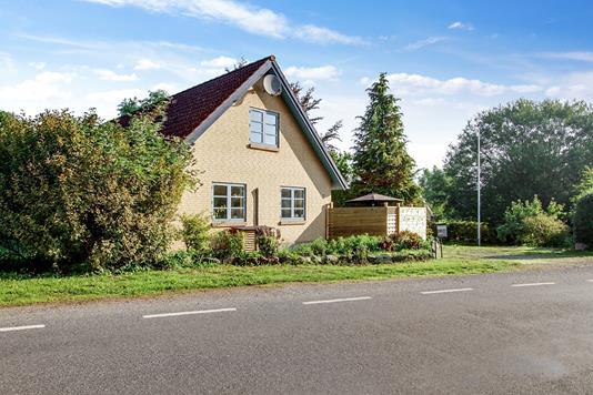 Villa på Rostedvej i Slagelse - Set fra vejen