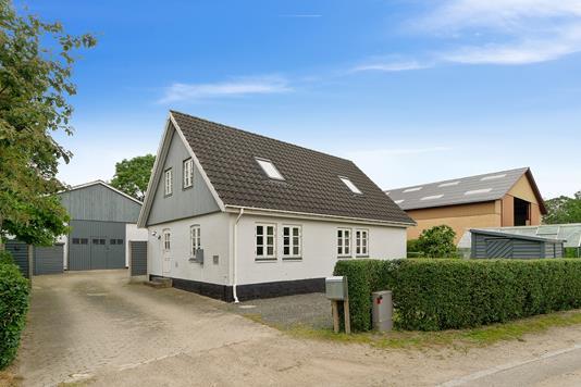 Villa på Bøstrupvej i Slagelse - Set fra vejen