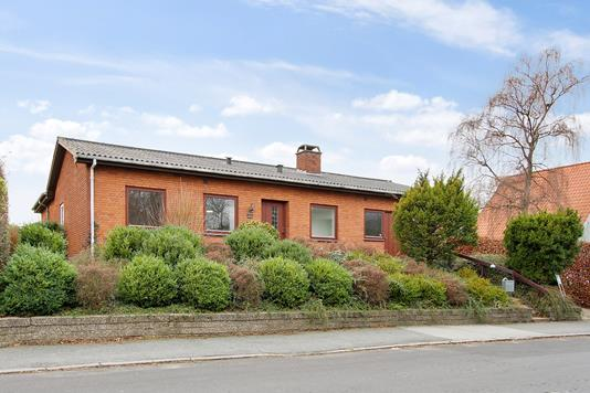Villa på Klosterbanken i Slagelse - Set fra vejen