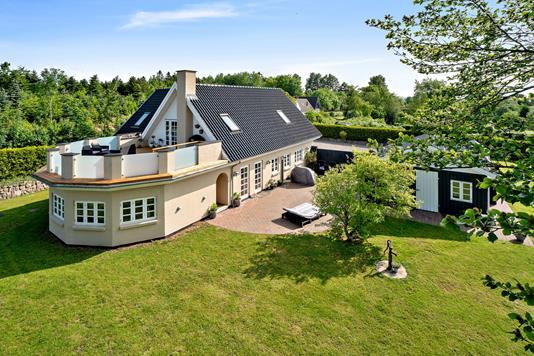 Villa på Strædet i Ruds Vedby - Set fra haven