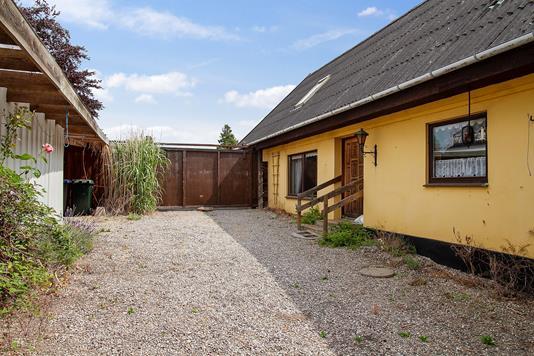 Villa på Rødhøj i Asnæs - Set fra haven
