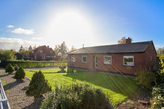 Villa på Adelers Alle i Fårevejle - Ejendommen