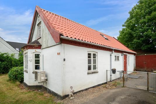 Villa på Toftegårdsvej i Asnæs - Set fra vejen