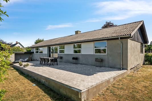 Villa på Toftegårdsvej i Asnæs - Set fra haven