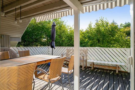 Fritidsbolig på Tornager i Grevinge - Overdækket terrasse