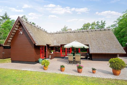 Fritidsbolig på Jens Jacobsensvej i Højby - Set fra haven