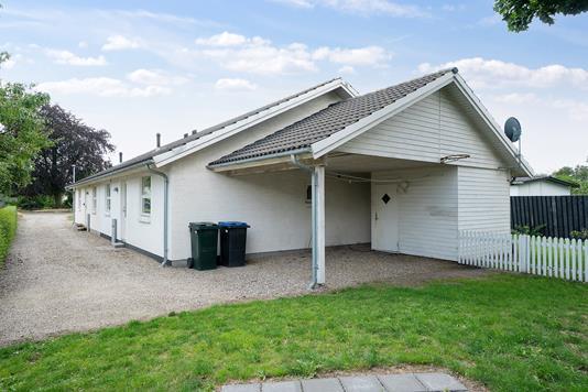 Rækkehus på Nyrupsvej i Hørve - Set fra haven
