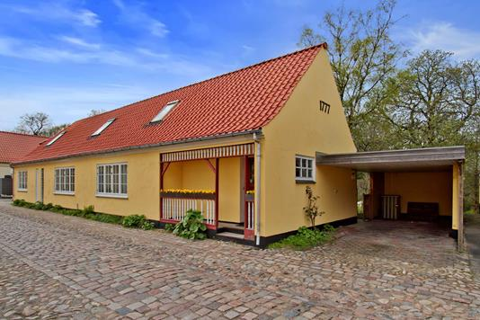 Villa på Pindborggade i Sæby - Ejendommen