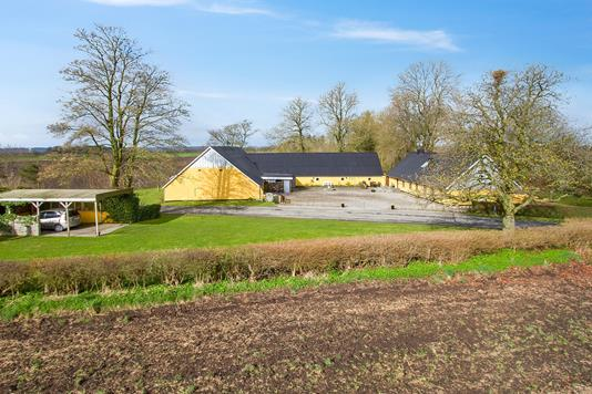 Villa på V. Idskovvej i Dybvad - Set fra haven