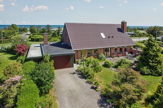Villa på Solvænget i Sæby - Ejendommen