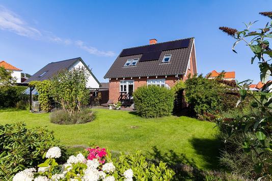 Villa på Emilievej i Sæby - Ejendommen