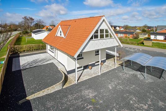 Villa på Skelvej i Sæby - Ejendommen
