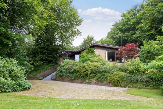 Villa på Bakkevang i Sæby - Set fra haven