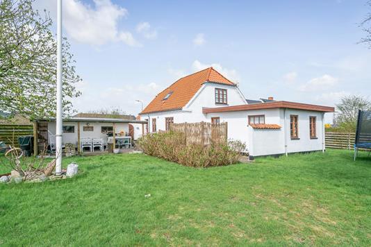 Villa på Kappelhavevej i Sæby - Ejendommen