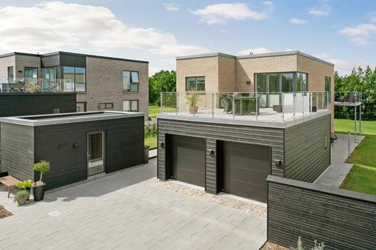 Villa på Strandkanten i Sæby - Ejendommen