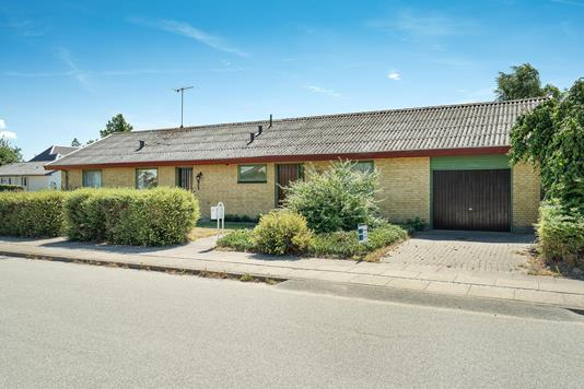 Villa på Søndergårdsvej i Østervrå - Ejendommen