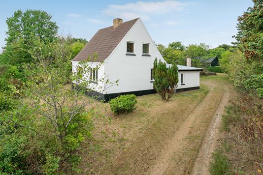 Villa på Østkystvejen i Sæby - Ejendommen