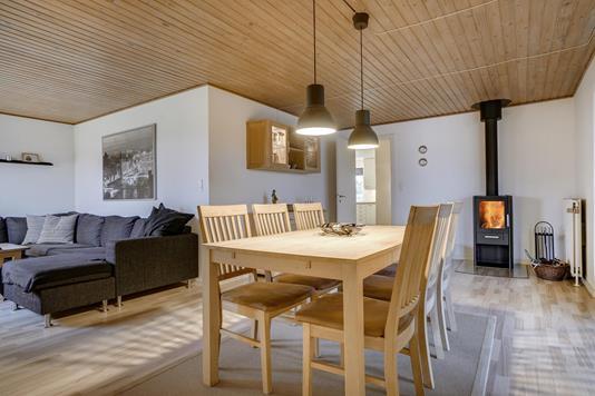 Villa på A Melgaardsvej i Sæby - Stue