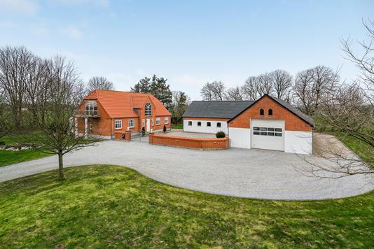 Villa på Tryvej i Dybvad - Ejendommen